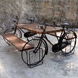 <b></b> Set bicycle dinner table natural