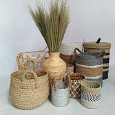 <b></b> wicker basket